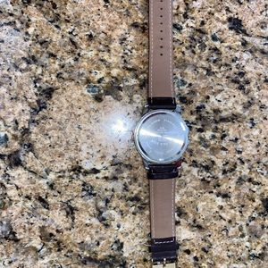 Assassin polo gold leather watch